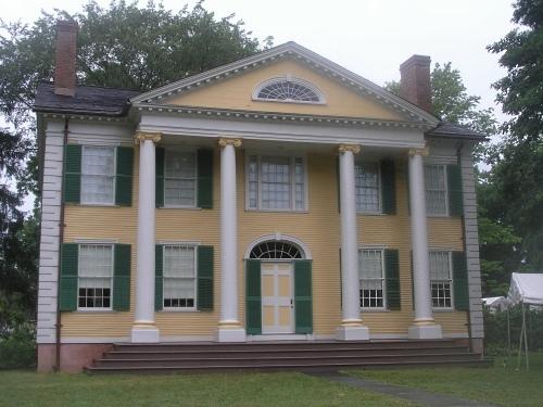 http://historicbuildingsct.com/wp-content/uploads/2008/07/florence-griswold-house.jpg