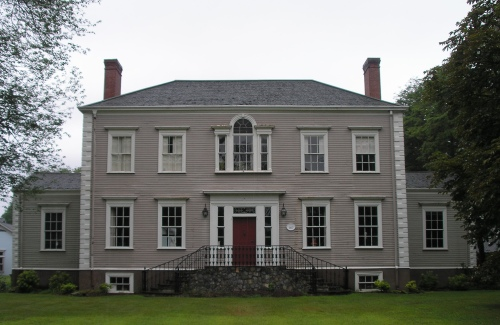 located further south on lyme street in old lyme from the house of william noyes jr is a house built the same year 1817 and designed by the same - Old Style Houses