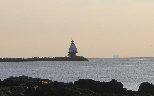 southwest-ledge-light.jpg