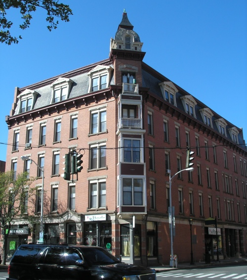 A Block South On Main Street In Hartford From The Linden Corner Of Capitol Avenue Across Butler Mccook House Is Another Building