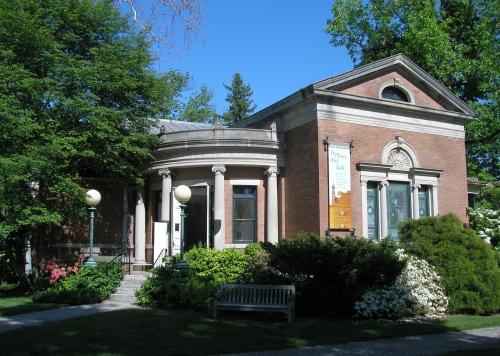 Noyes Memorial Building, home of the Litchfield Historical Museum