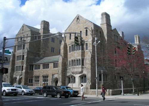 Trumbull College, Yale