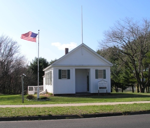 Old South End Schoolhouse, Southington
