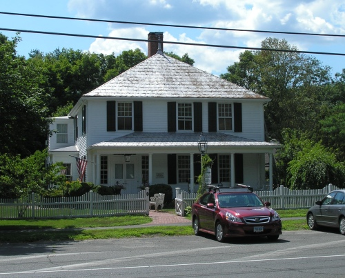 Second Rev. Noah Benedict House (1795)