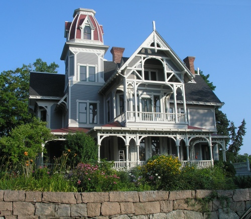 Isaac C. Lewis Cottage