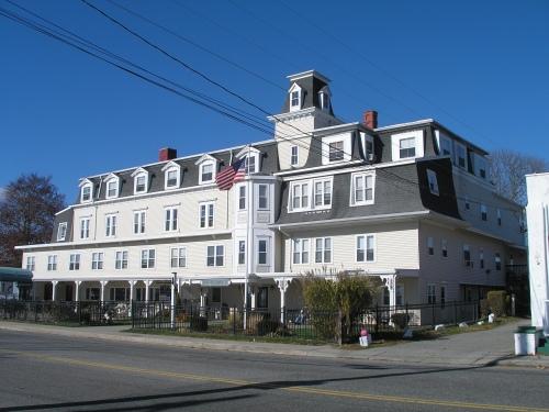 Morton House Hotel