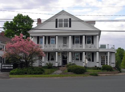 Somers Inn