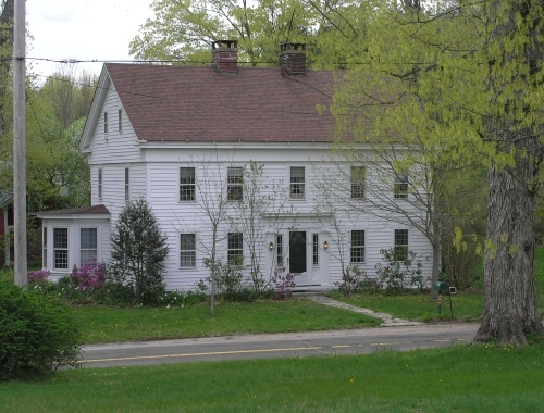 127 Mansion House Rd., Southbury