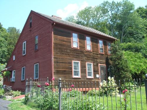 John D. Perkins House