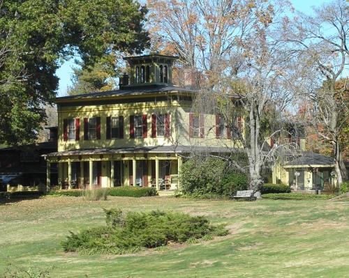 Eliphalet Ladd House