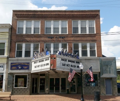 The building at 163 169 main street in seymour was built in 1921 and was originally called the donavan building its front marquee was added c