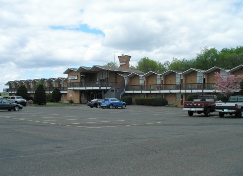 When It Opened In 1959 The Stylishly Modern Grantmoor Motor Lodge 3000 Berlin Turnpike Newington Was Billed As Gracious And Offered